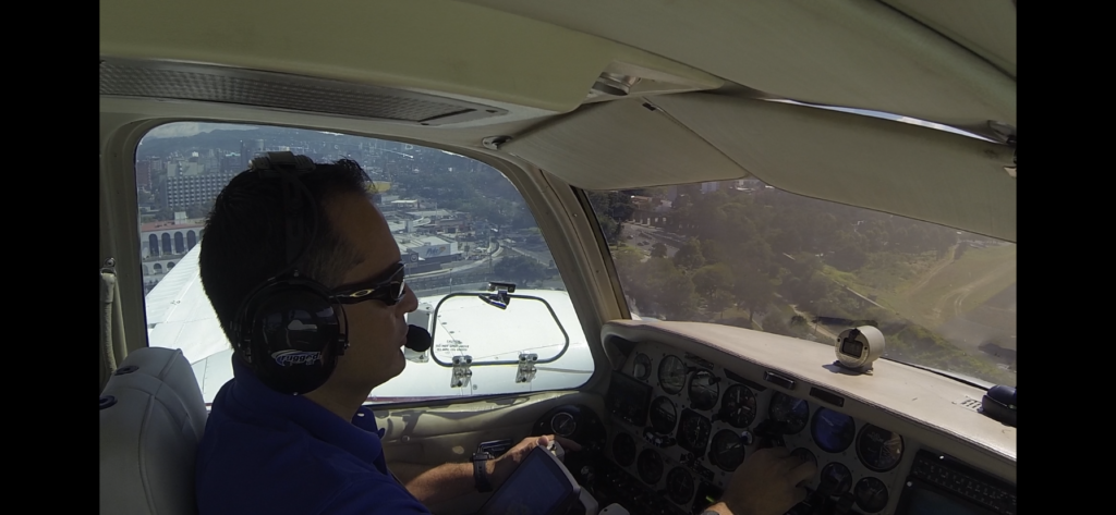 Privilegios y limitaciones de un piloto aviador Privado
